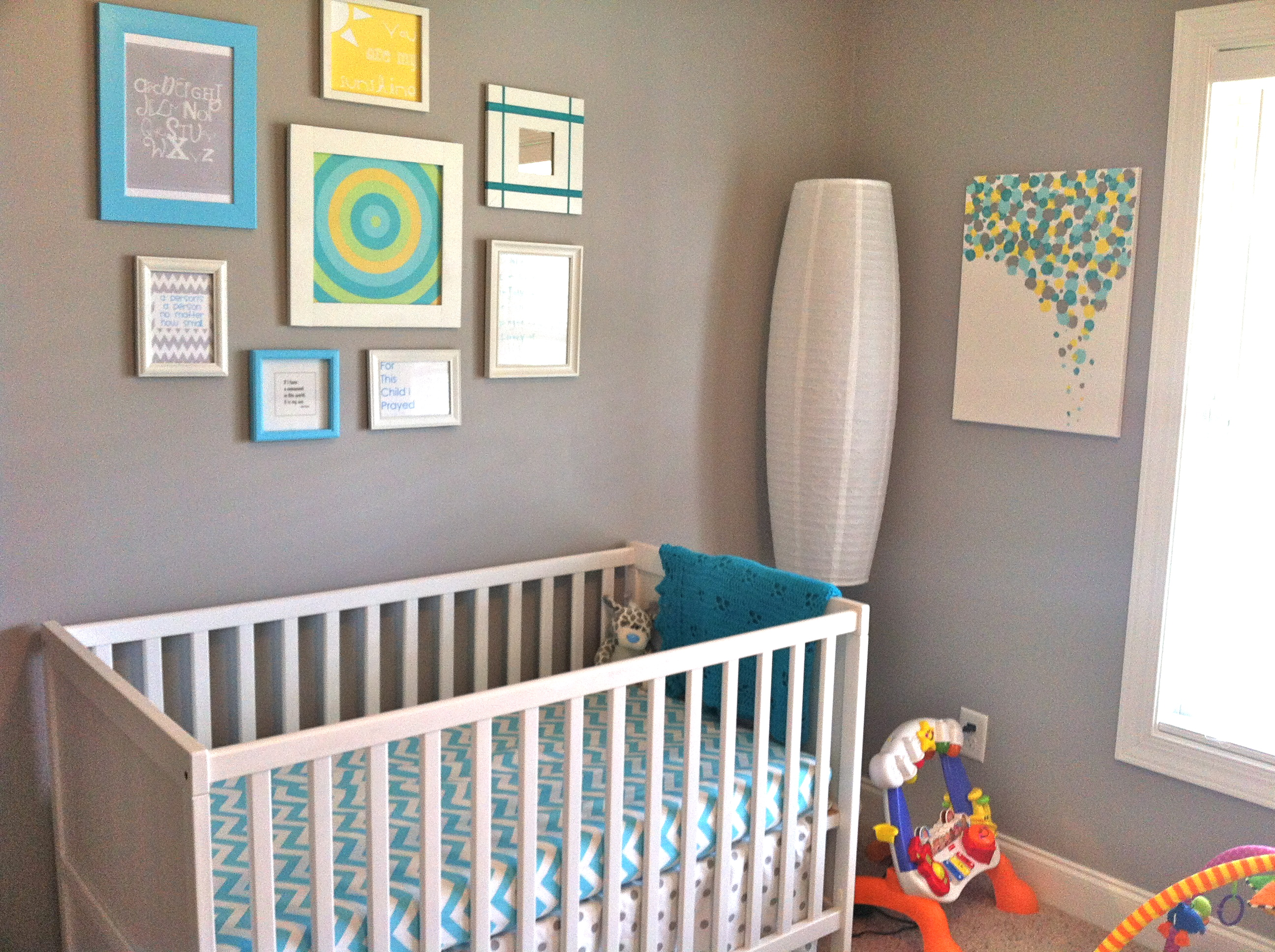 thing 2 s nursery my life in verbs. Black Bedroom Furniture Sets. Home Design Ideas
